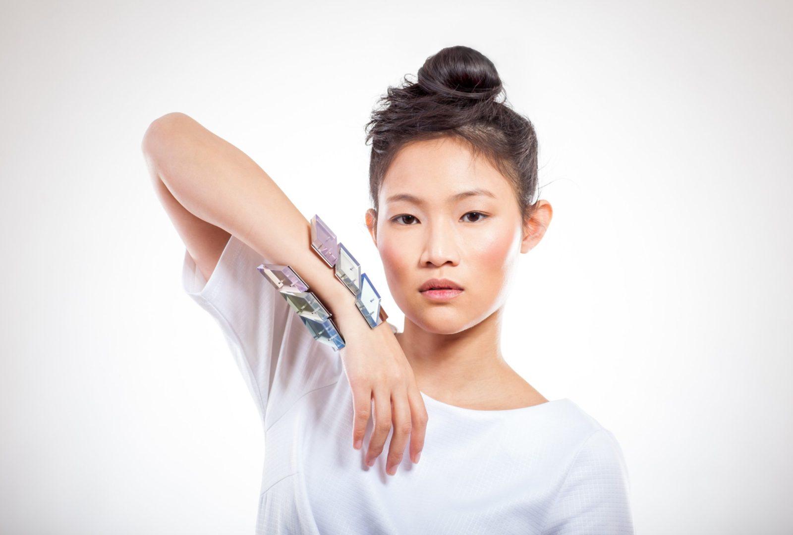 CRYSTAL / bracelet