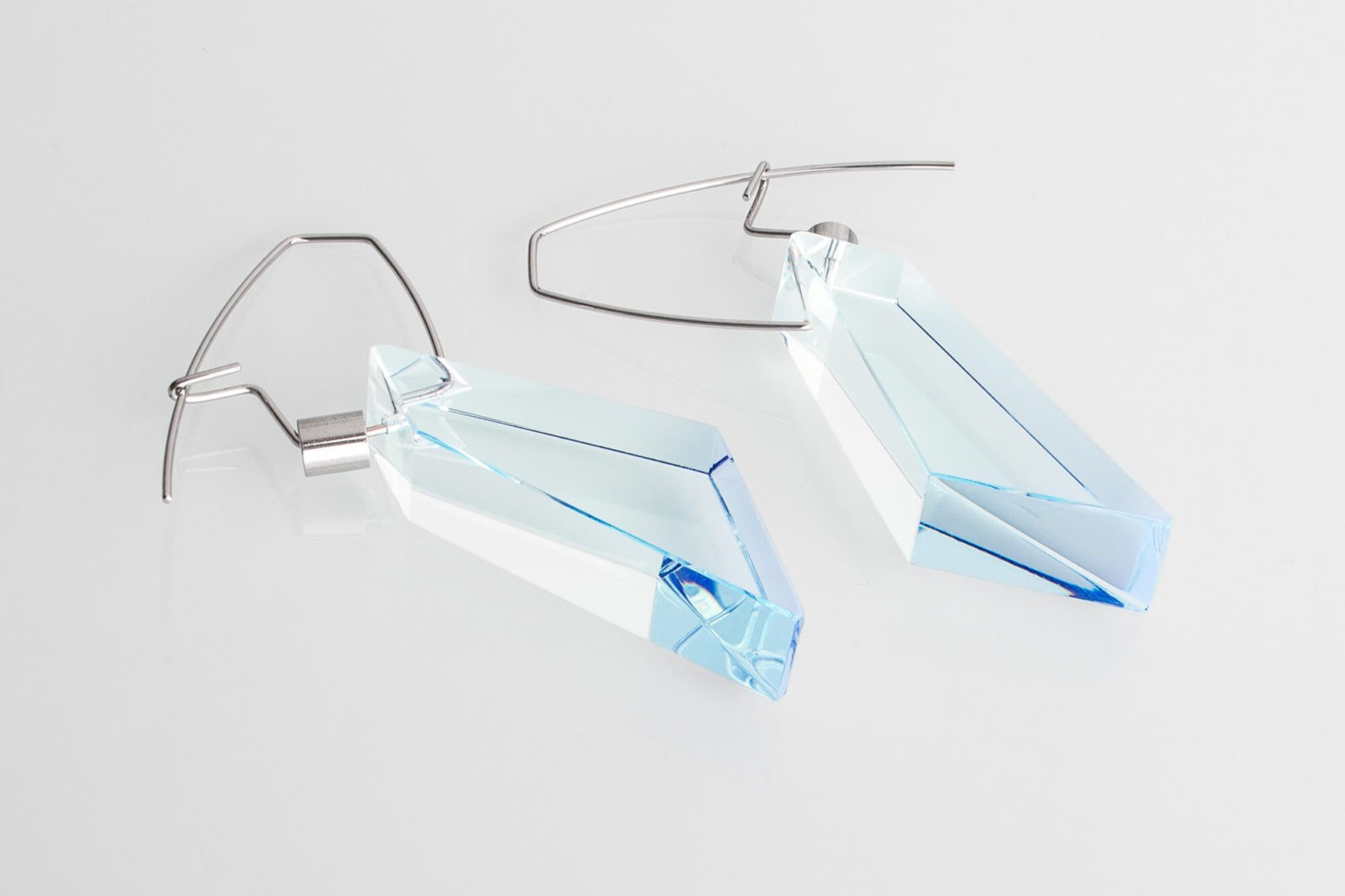 ARCHITECT / earrings / light