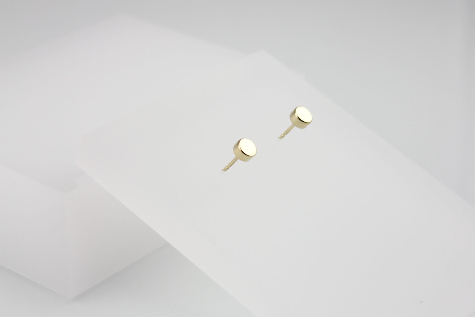 Kyō earrings dots 5 / gold-plated