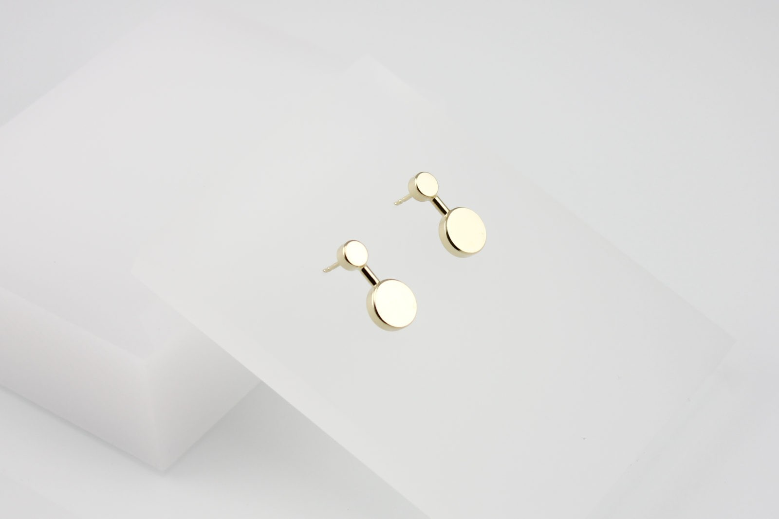 Kyō earrings small / gold-plated
