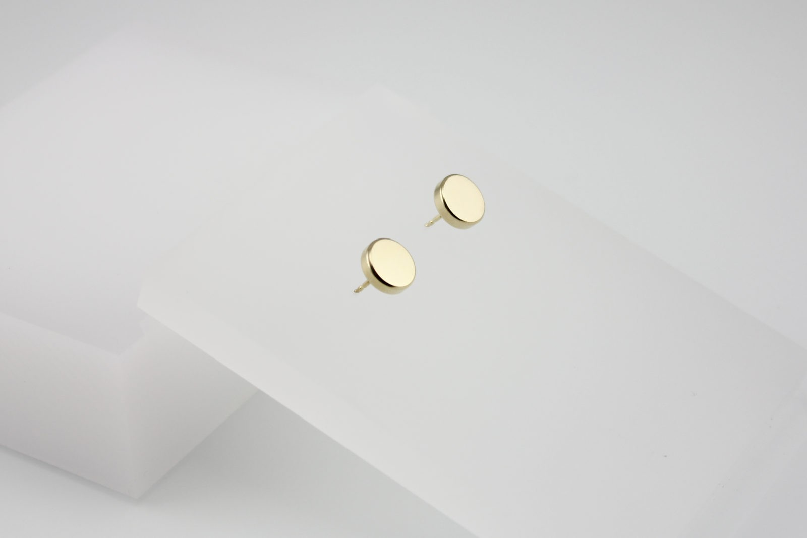 Kyō earrings dots 10 / gold-plated