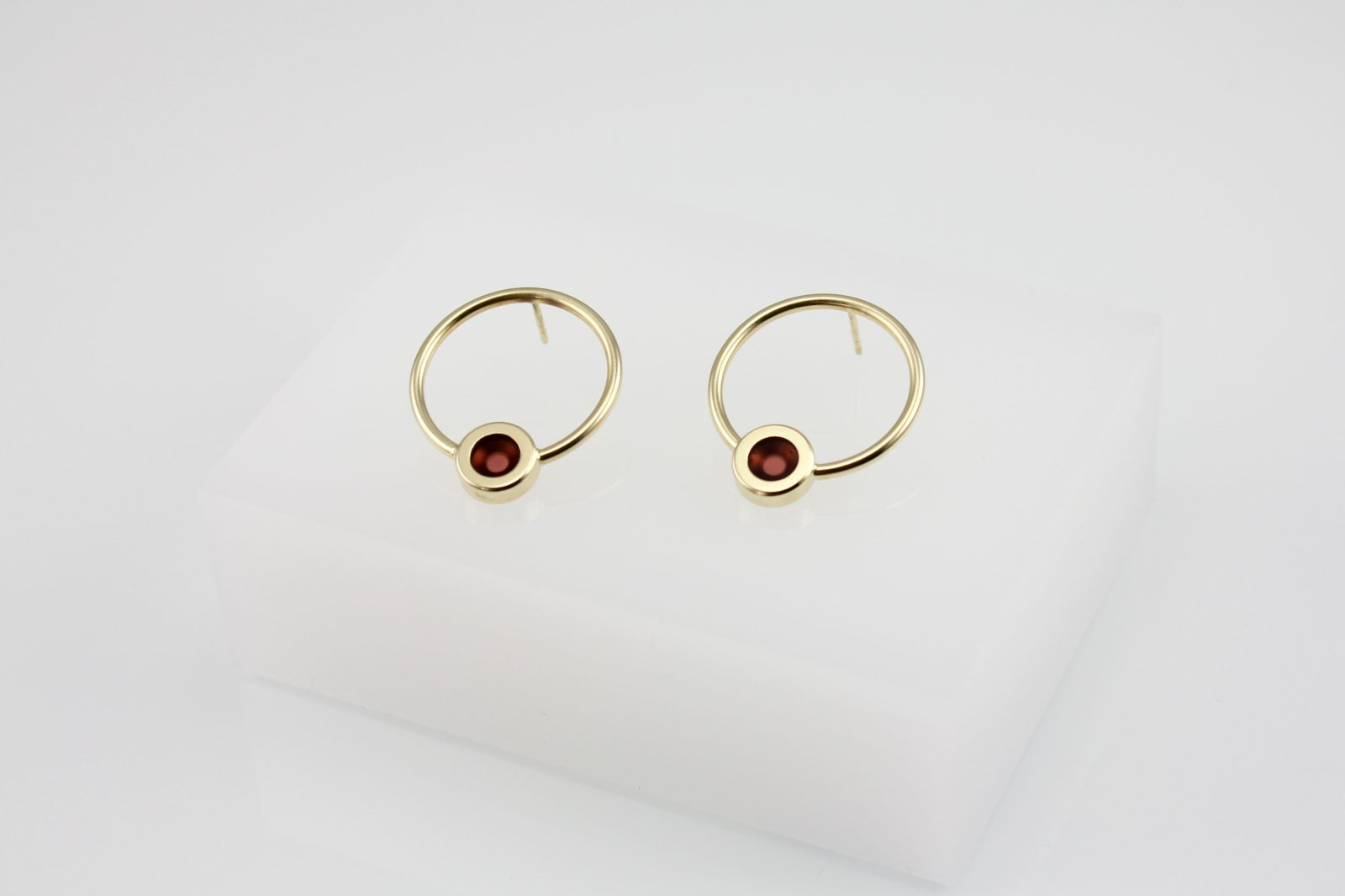 Kyō earrings round 4.200 CZK
