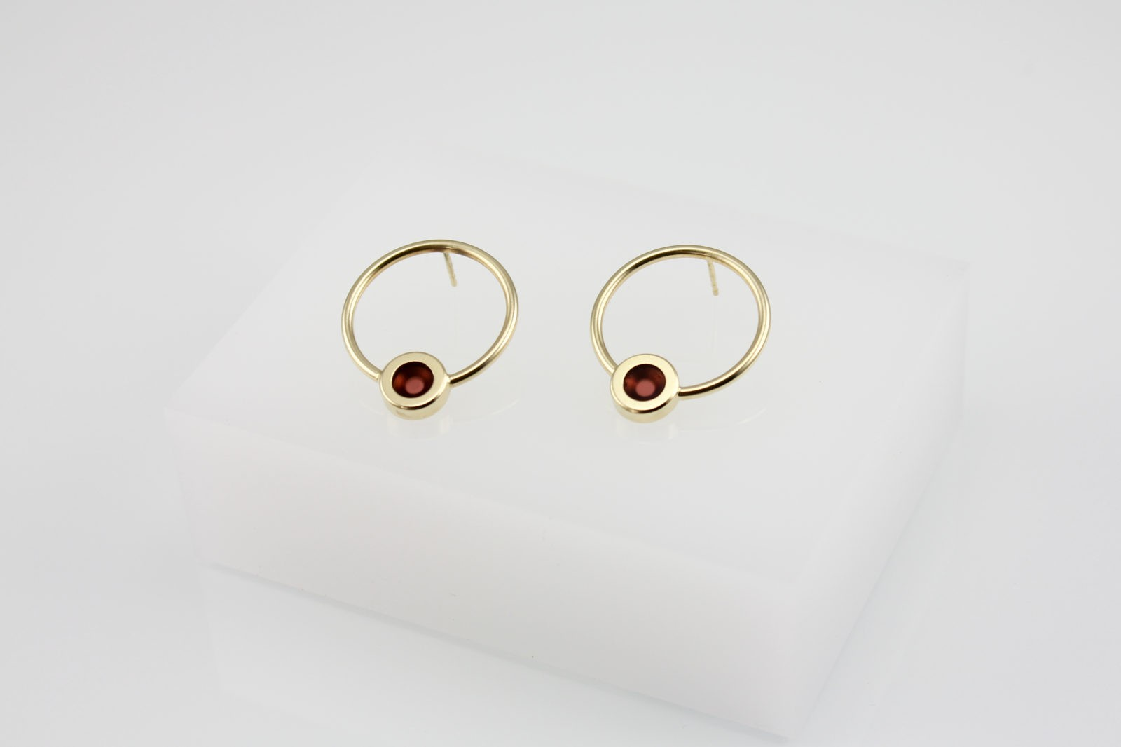 Kyō earrings round / gold-plated