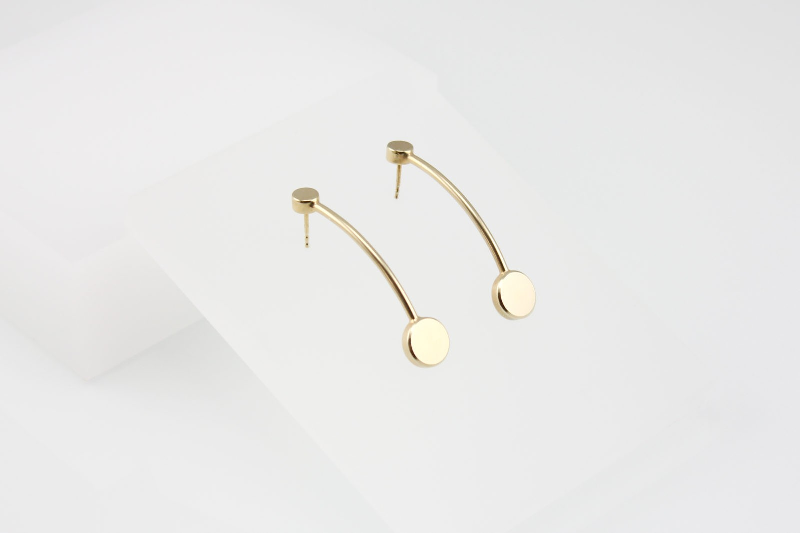 Kyō earrings long / gold-plated