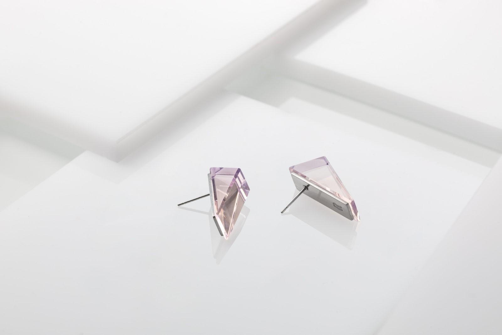 Airy / earrings 1.950 CZK